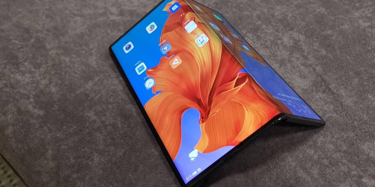 Huawei podría lanzar un celular plegable de menor costo a finales de este año