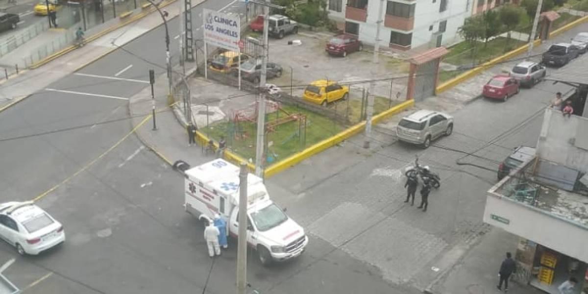 Fallecimiento de mujer en una calle de Turubamba, sur de Quito, no fue por COVID-19