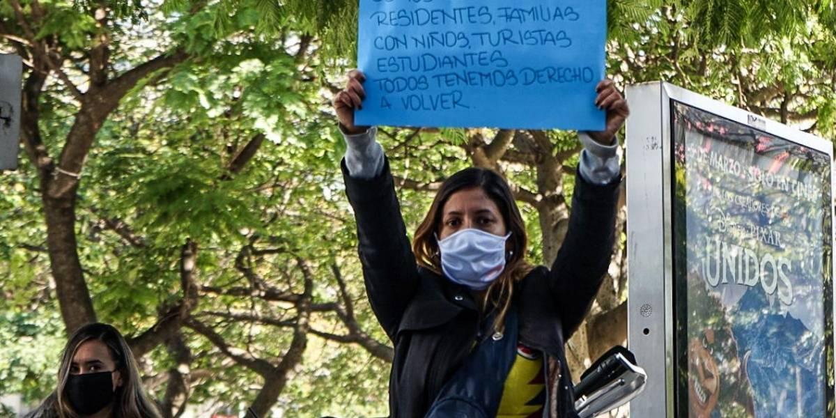Ya no pueden más: colombianos protestan frente al Consulado de Colombia en Buenos Aires