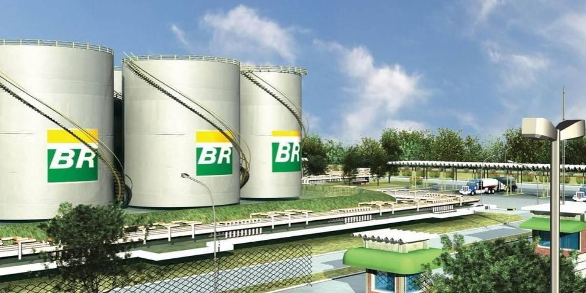 Petrobras reporta pérdidas de 8,350 mdd