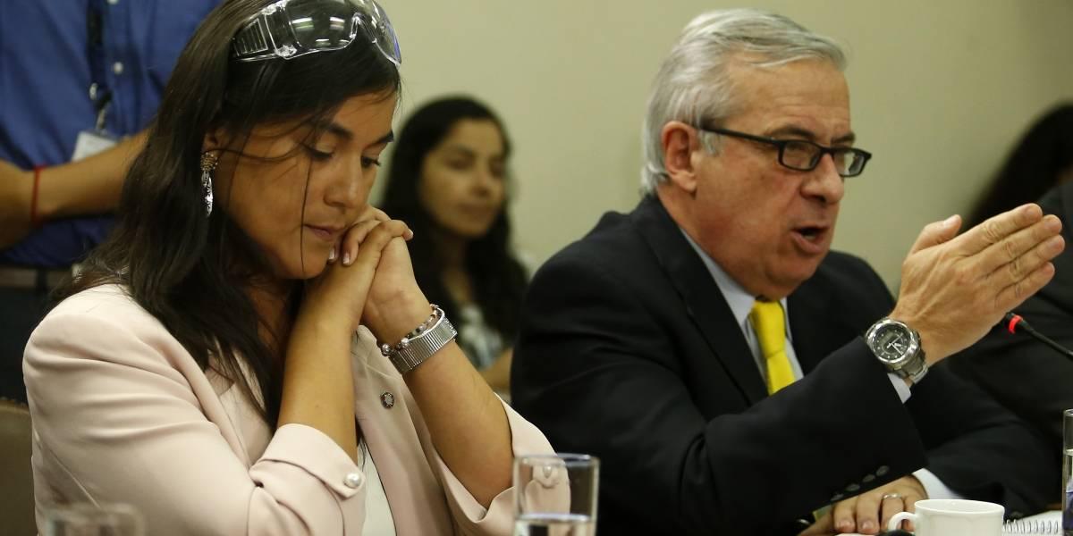 """Ministro Mañalich por críticas del Colegio Médico: """"Nosotros no estamos para pelear con nadie"""""""