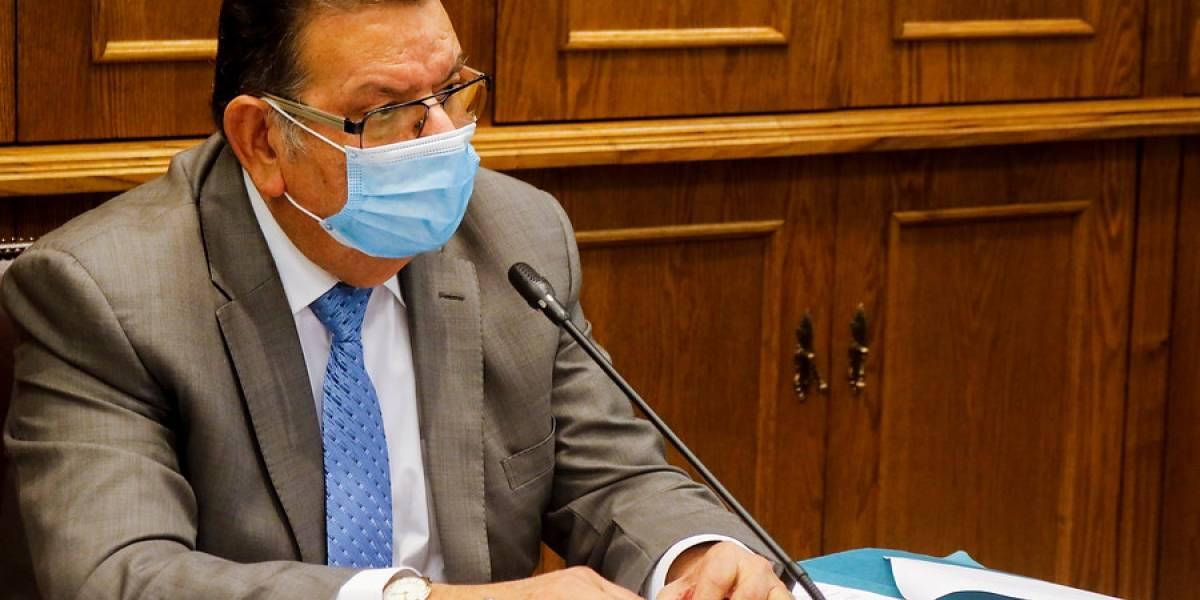 """Rabindranath Quinteros, senador positivo de covid-19: """"El virus dejó en evidencia las falencias de la salud pública"""""""