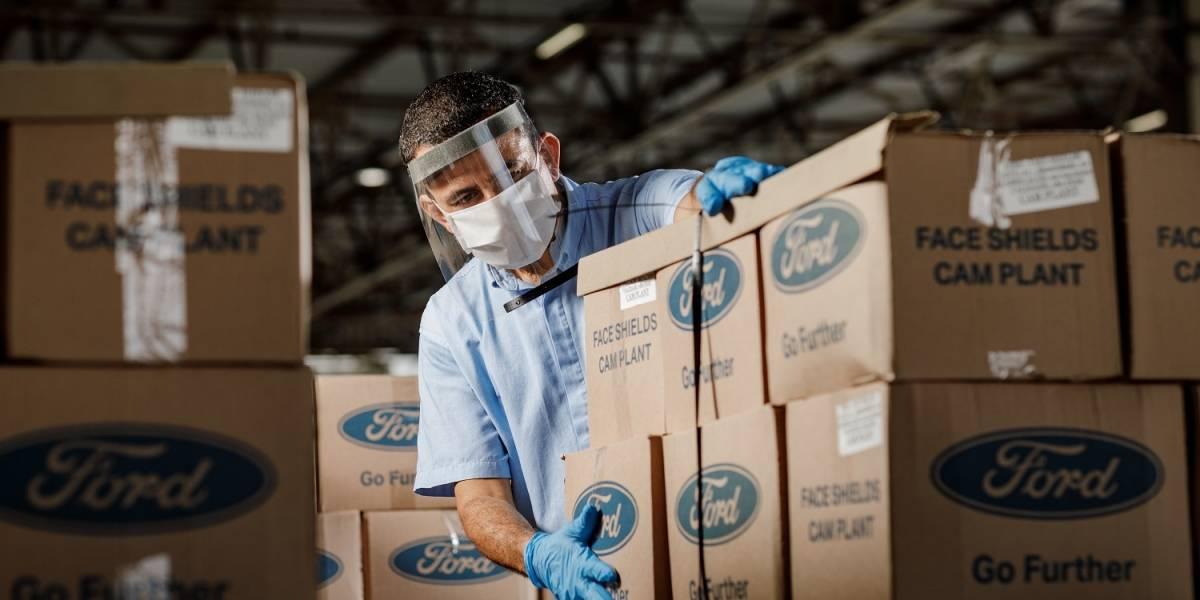 Ford entrega primeras 35 mil mascarillas para personal de salud