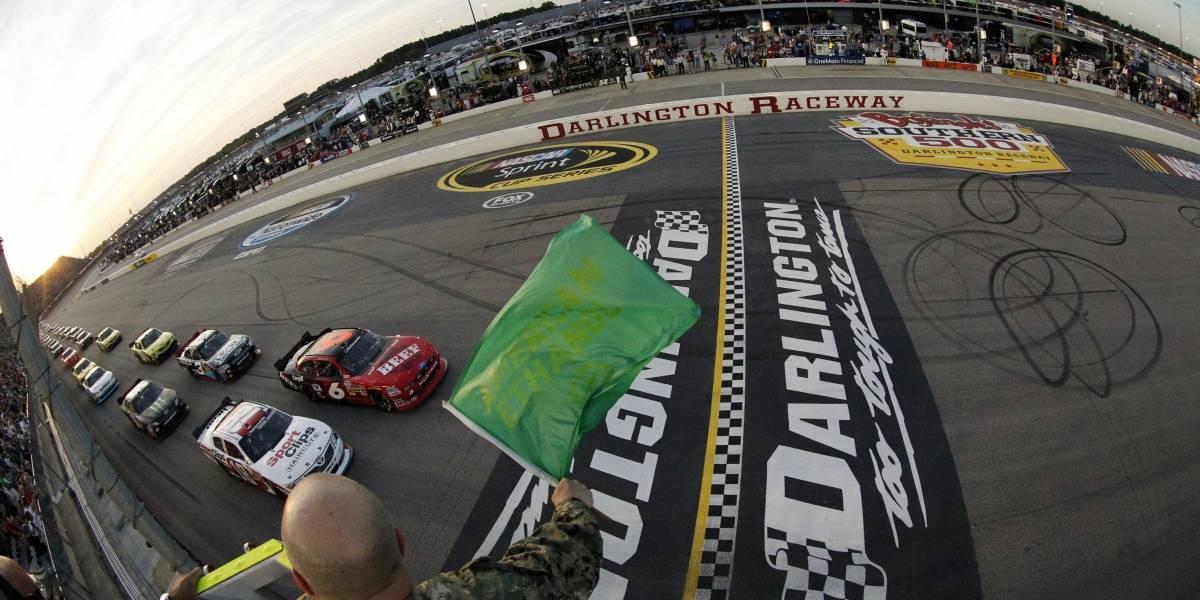 NASCAR reenciende motores, tras parón de 10 semanas