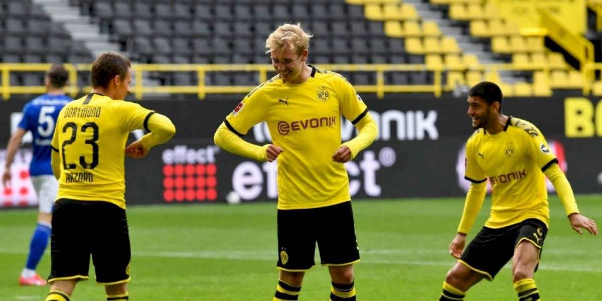 Borussia Dortmund golea al Schalke 04 en el regreso de la Bundesliga