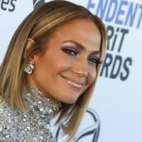 Jennifer López se prepara para lanzar su línea de cosméticos de JLo Beauty