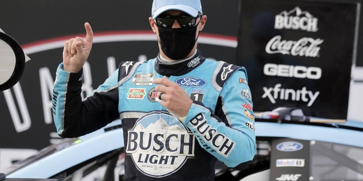 NASCAR : Harvick gana en Darlington
