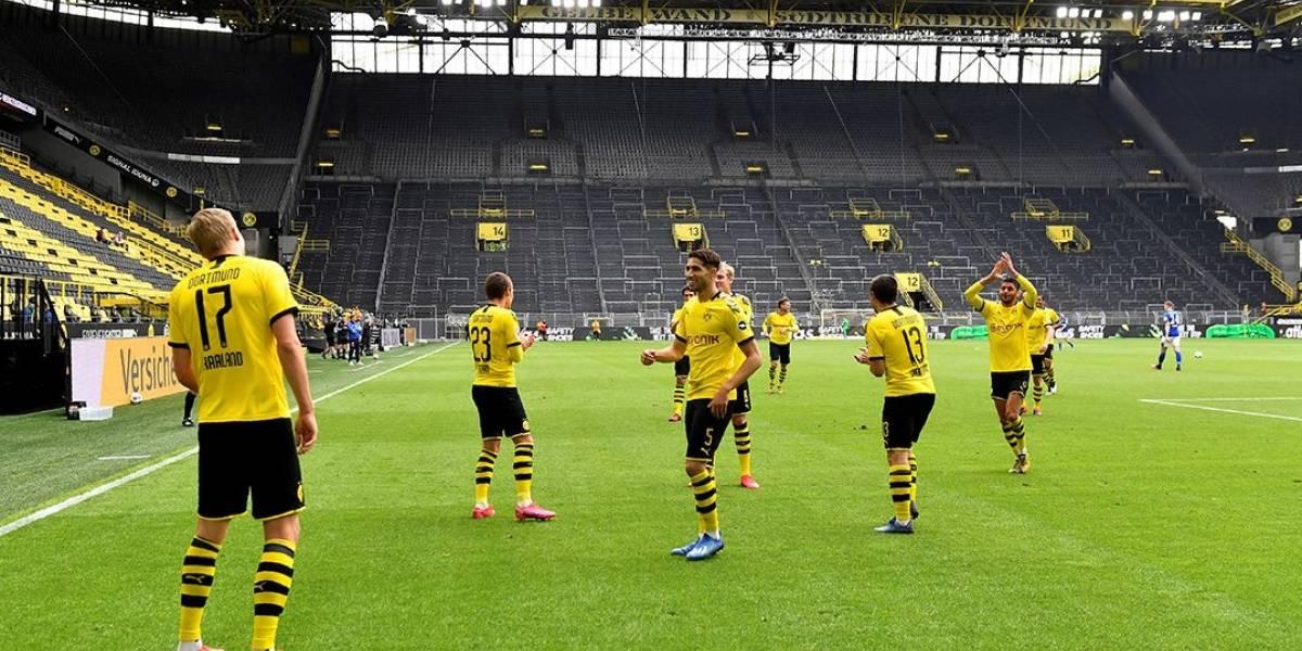 'Muito estranho': técnico do Borussia Dortmund comenta futebol sem público