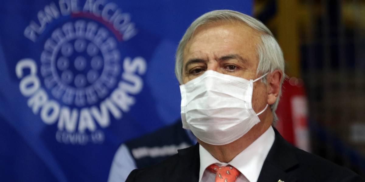 Presentan acusación constitucional contra el exministro de Salud Jaime Mañalich