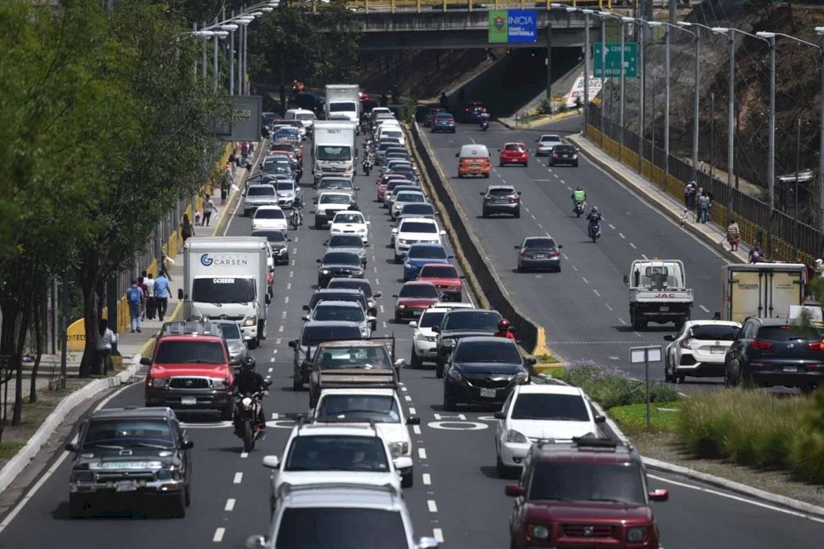 Tránsito vehicular en la tarde del lunes, 18 de mayo de 2020 Edwin Bercián