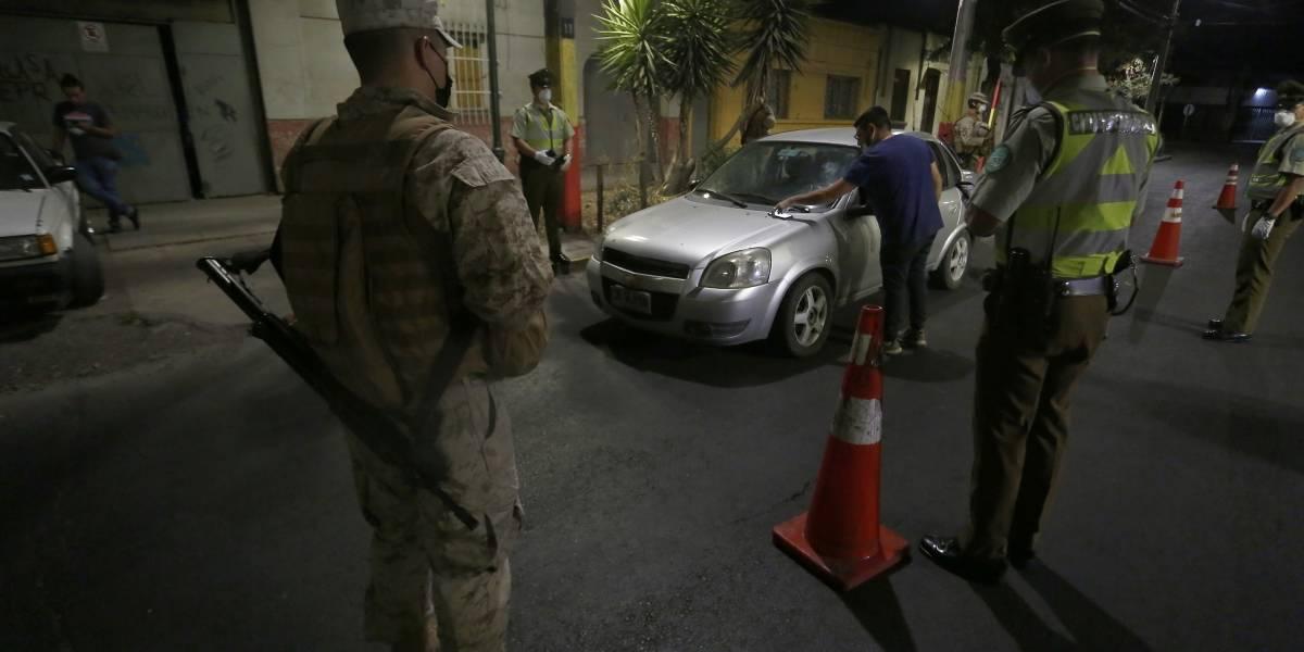 No hay caso con la gente porfiada: Carabineros retuvo a 415 personas por no acatar toque de queda
