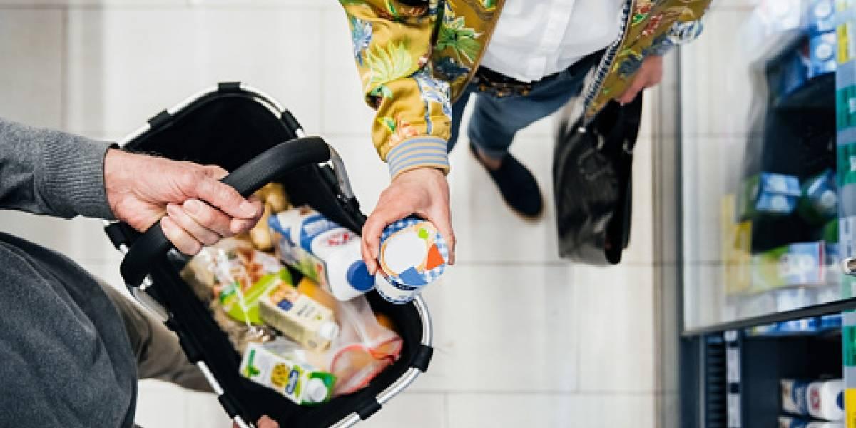 ¿Puede el coronavirus estar en los paquetes de comida del supermercado?
