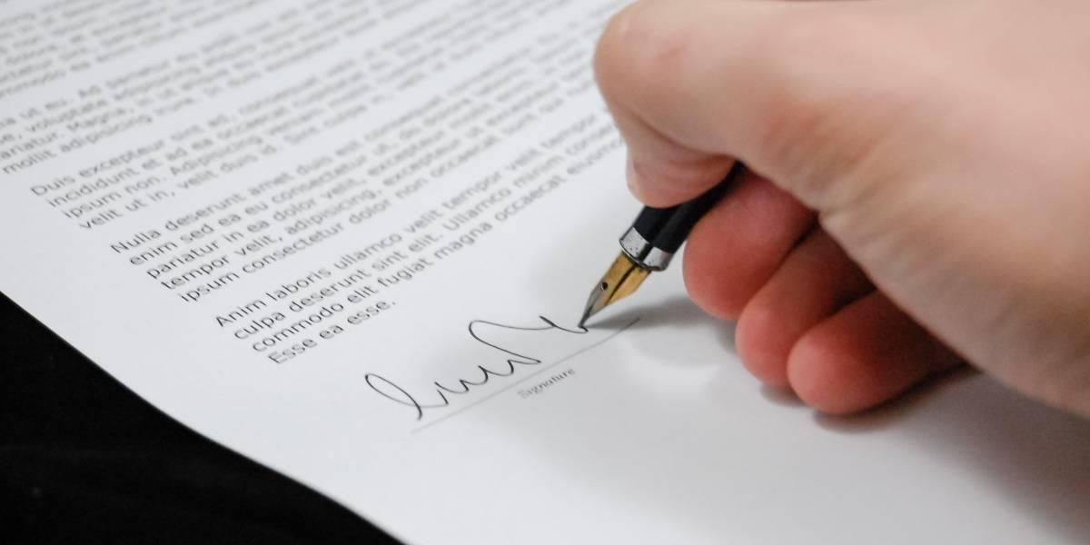 ¿Cómo será el procedimiento para terminar el contrato de los servidores públicos?