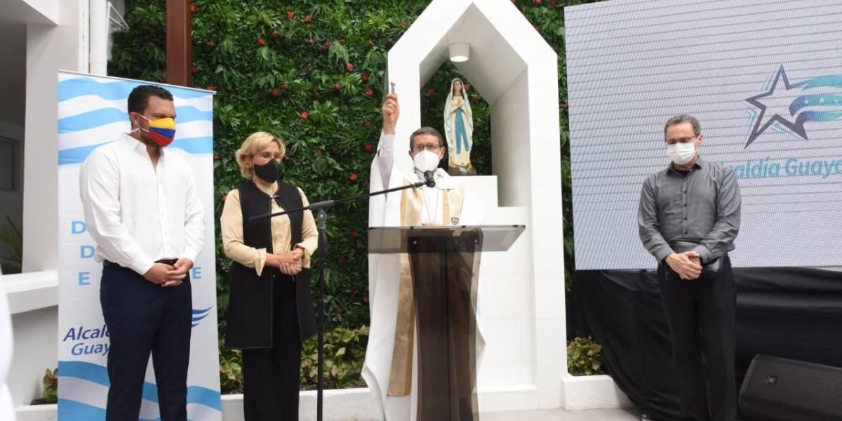 Cynthia Viteri entrega a Guayaquil el Hospital Municipal Bicentenario