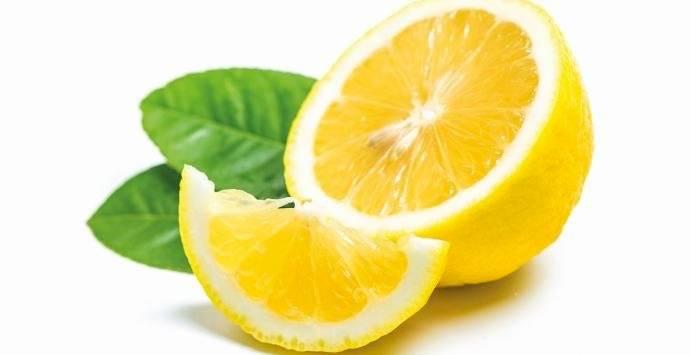 El té de semillas de limón es muy efectivo para el dolor de cabeza