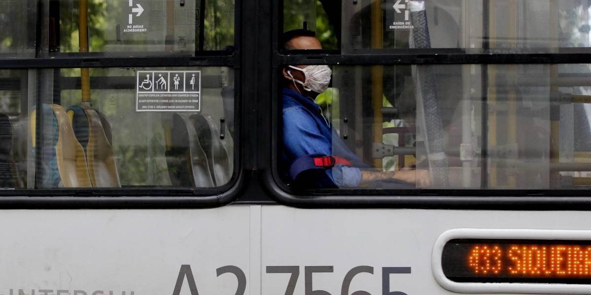 Câmara aprova texto de lei que multa quem não usar máscara em R$ 300
