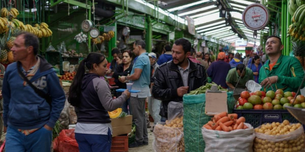 Decretan Pico y Género en las plazas de mercado de Bogotá