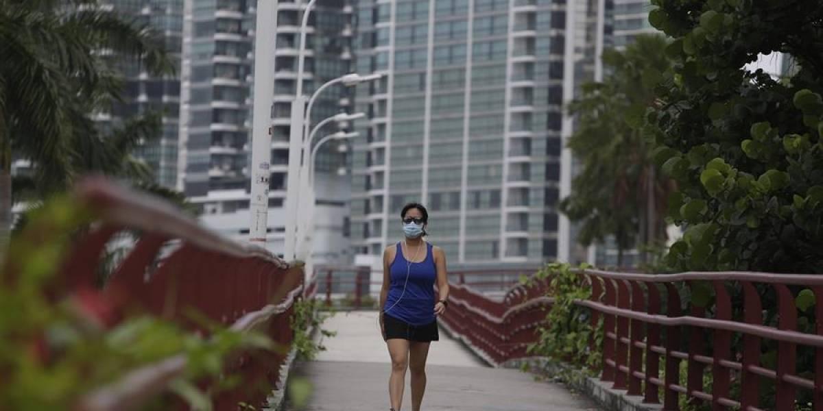 A joven se le colapsó un pulmón tras correr usando tapabocas