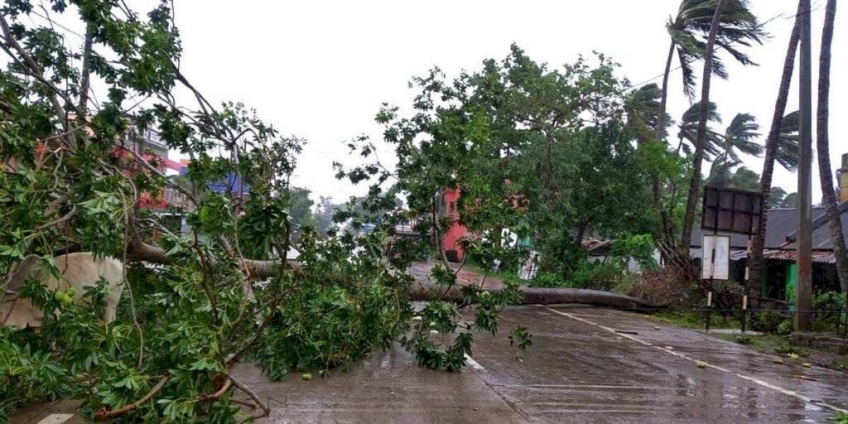 Huracán Amphan descarga fuertes aguaceros en India y Bangladesh