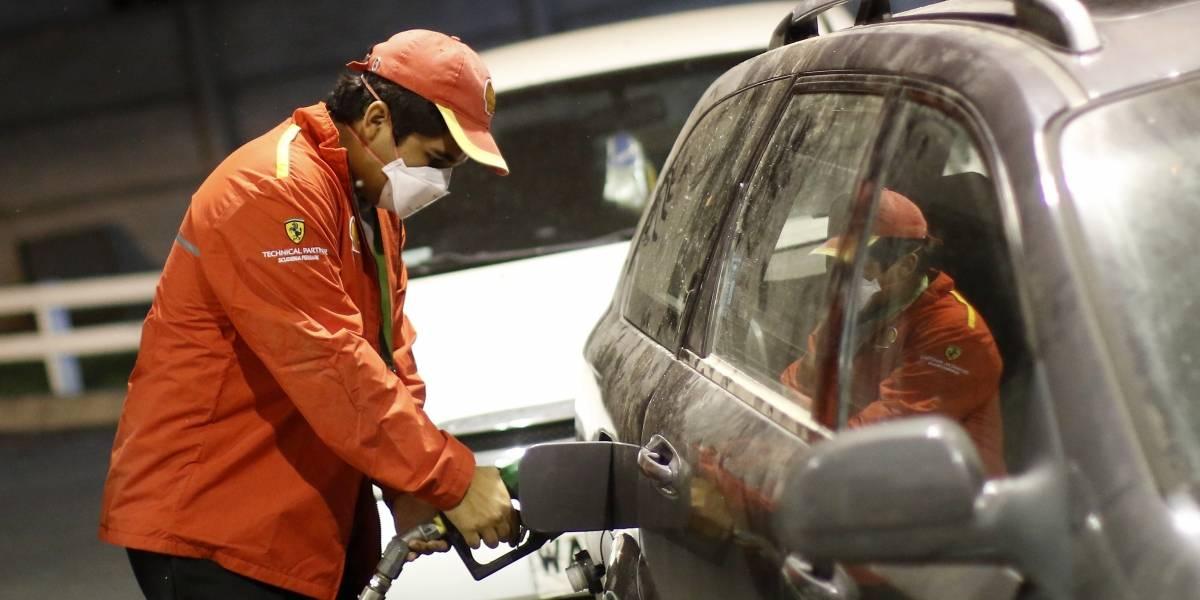 Ahora que estamos en cuarentena: precio de las bencinas vuelve a caer este jueves