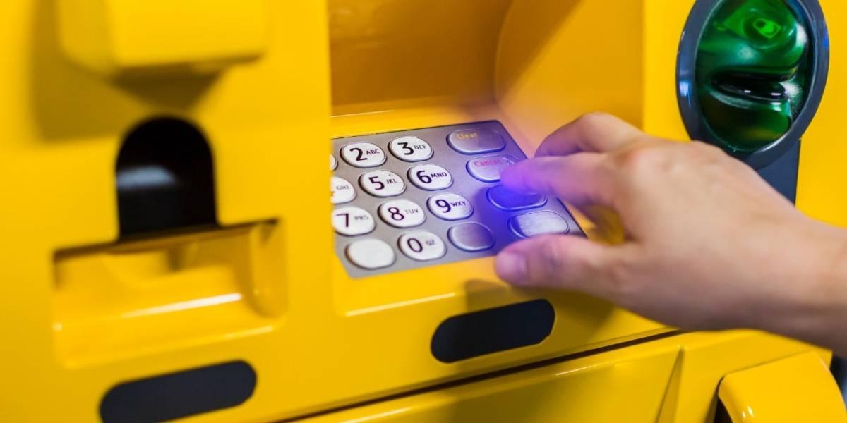 ¿Gastos urgentes? Nuevo servicio ofrece adelanto de salario por medio de cajeros