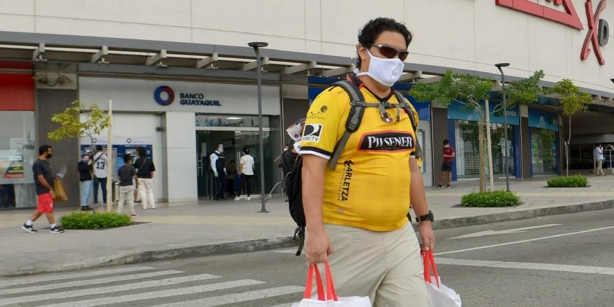 Se reactiva el comercio de Guayaquil con semáforo en amarillo