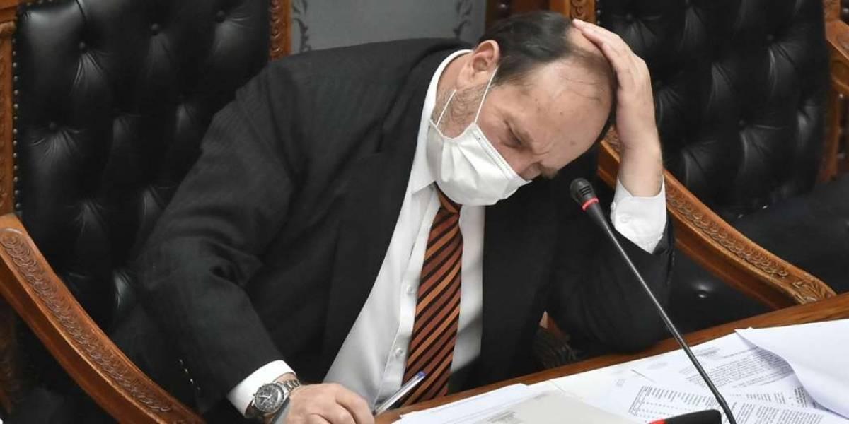 Escándalo en Bolivia: arrestan al ministro de Salud por compra de ventiladores con sobreprecio