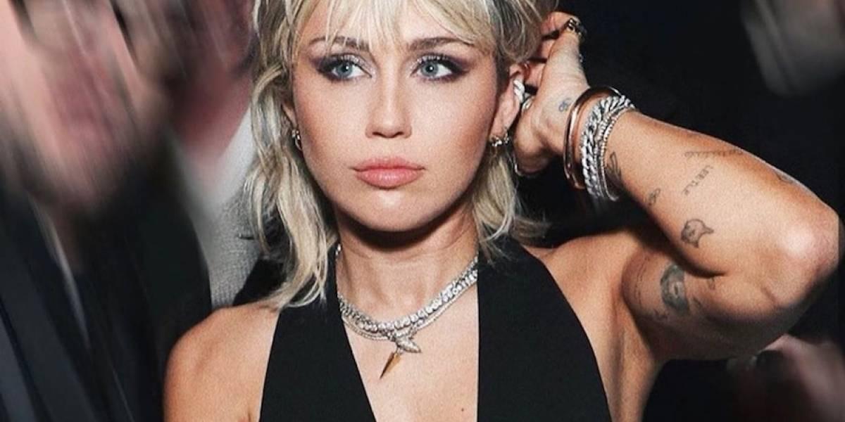 A Miley Cyrus también le dio por 'trasquilarse' en la cuarentena y así quedó