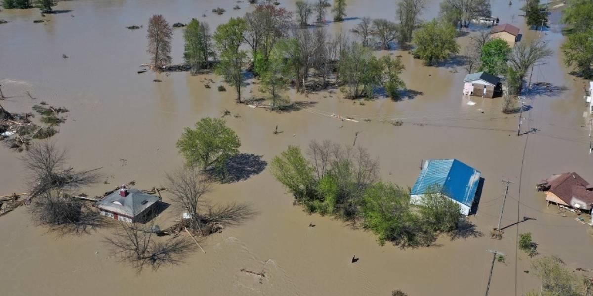 VIDEOS. Miles de evacuados por históricas inundaciones en Michigan, Estados Unidos