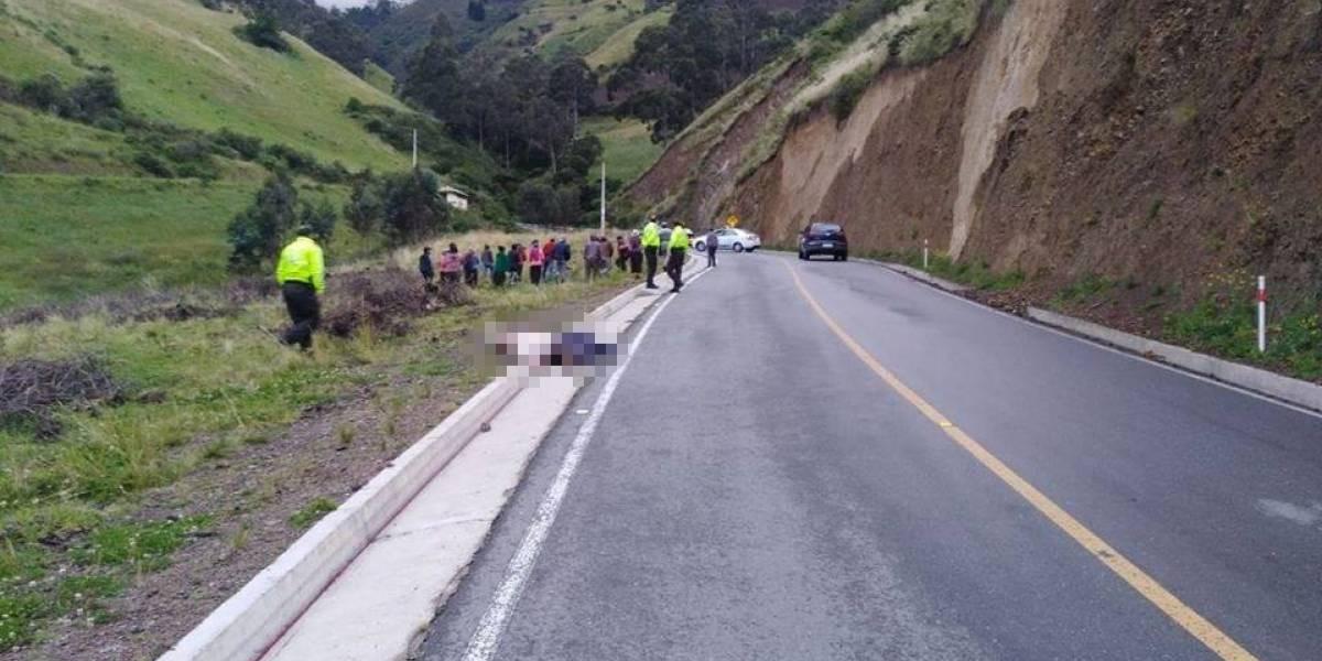 Se investiga presunto femicidio y suicidio en la vía Guaranda- Riobamba