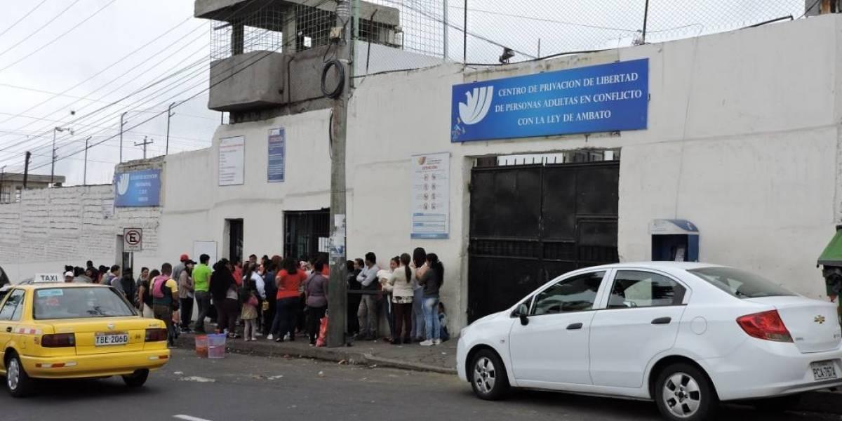 En la cárcel de Ambato se confirmaron 420 casos positivos de COVID-19  de 600