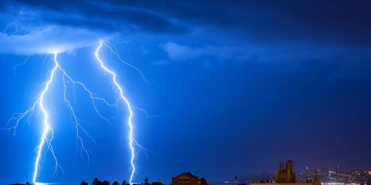 Meteorología anuncia tormentas eléctricas en cuatro regiones del país para las próximas horas