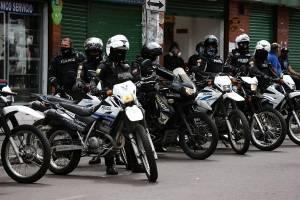 Comerciantes informales de Quito protestan en medio de la cuarentena