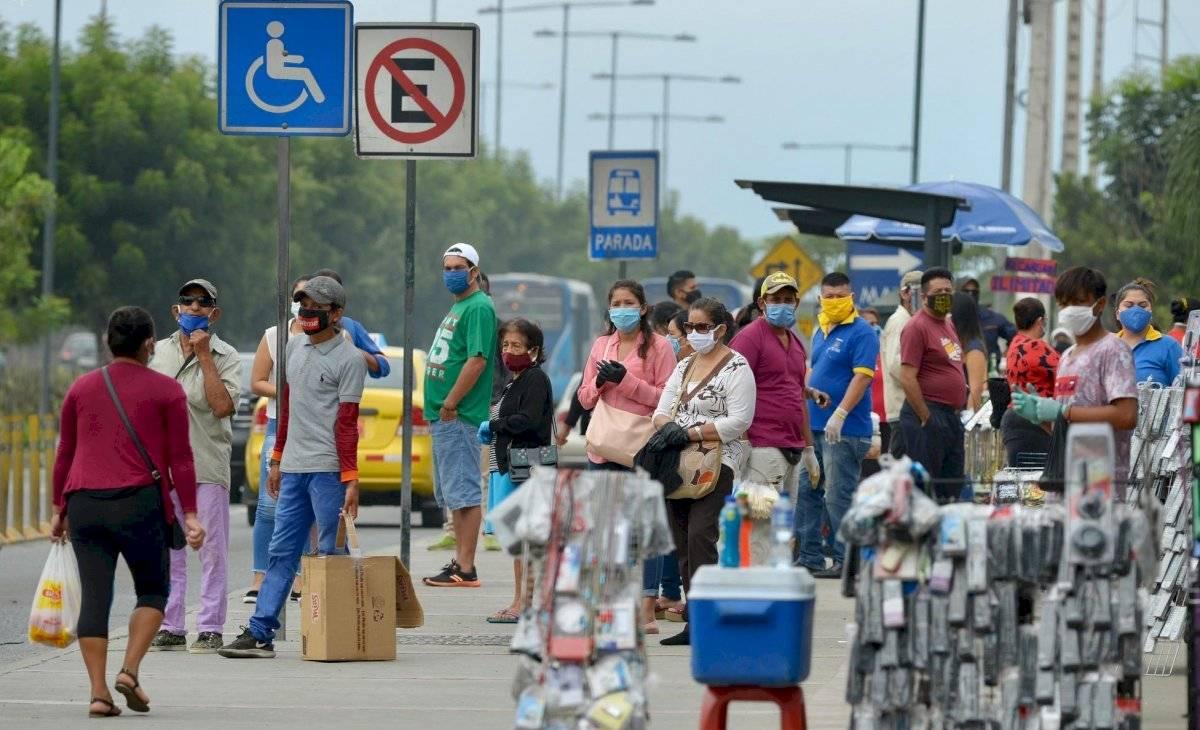 guayaquil-amarillo-comercio-informal