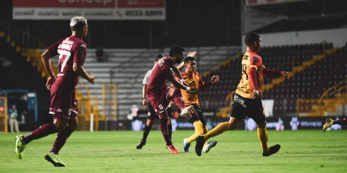 Equipos grandes de Costa Rica ganan en el reinicio del Torneo Clausura 2020