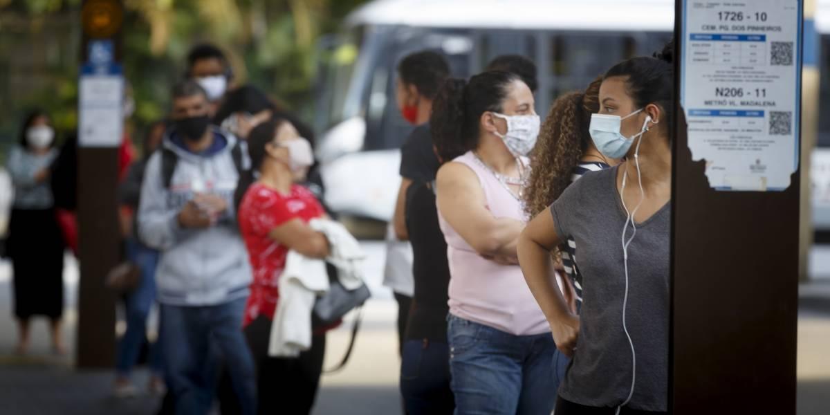 São Paulo vai multar pessoas e estabelecimentos pelo não uso de máscara