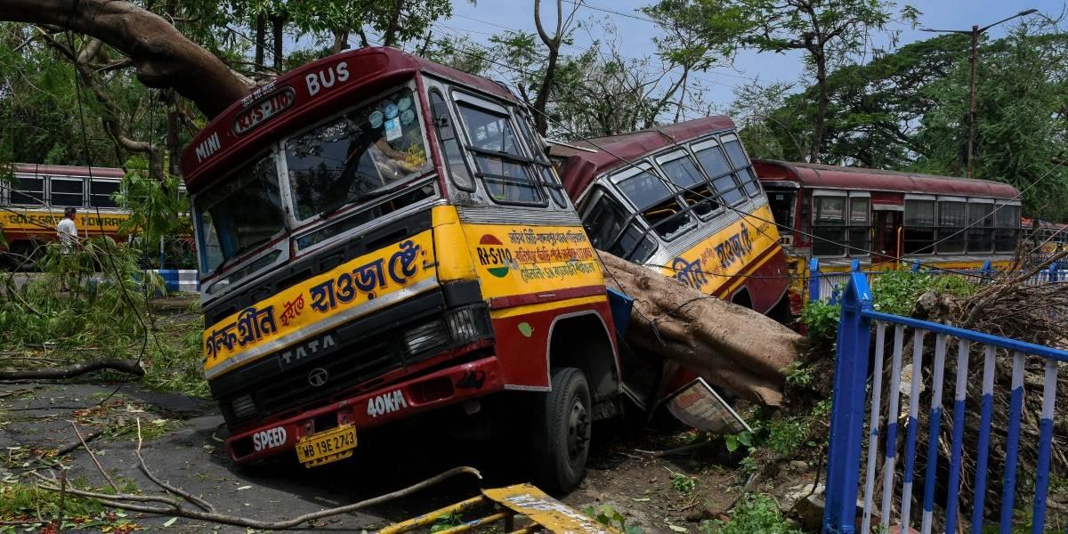 Clima.- El ciclón 'Amphan' deja 95 muertos y graves daños en el noreste de India y en Bangladesh