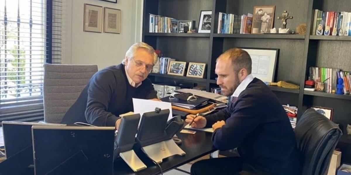 Economía.- Argentina prorroga la negociación del pago de la deuda con sus acreedores hasta el 2 de junio