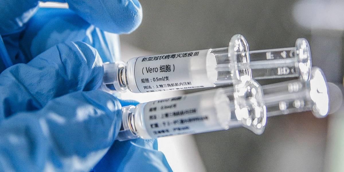 Coronavirus.- El primer ensayo en humanos de una vacuna descubre que es segura e induce una rápida respuesta inmune