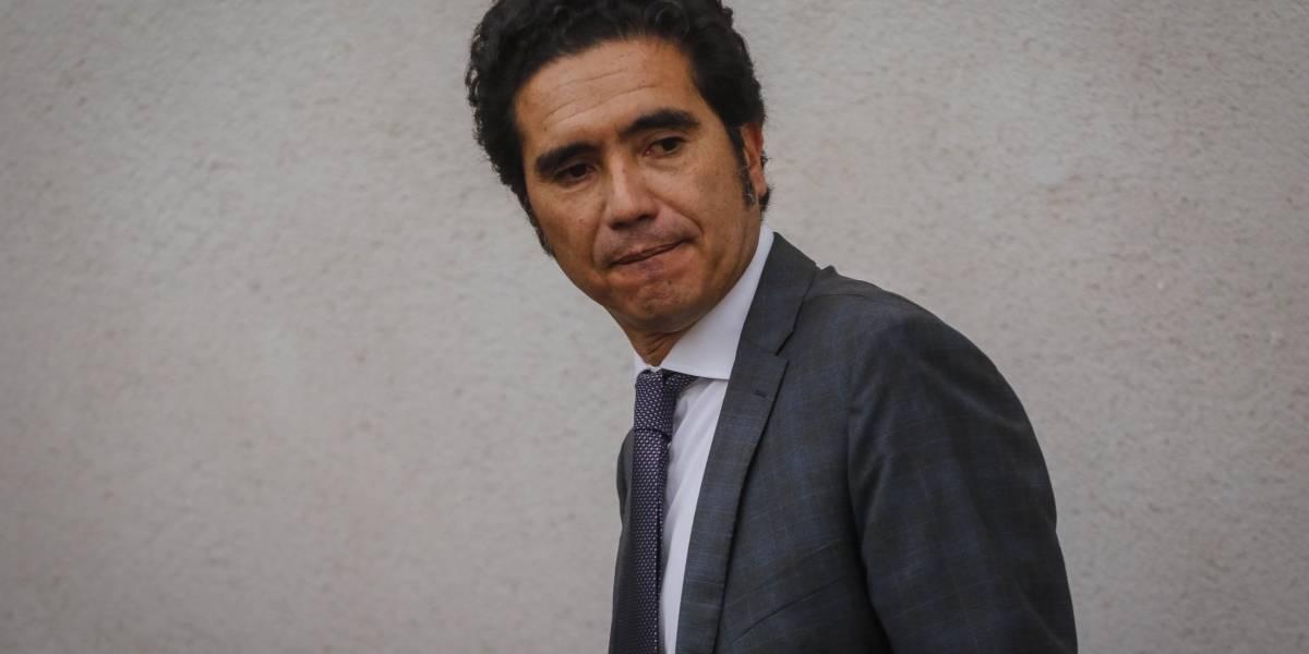 Economía.- Chile prepara una ley de ayuda para grandes empresas