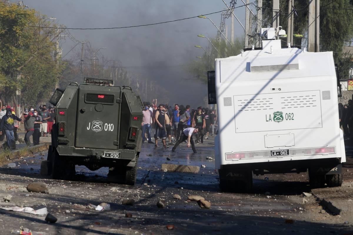 Carabinero resulta herido a bala en incidentes registrados en Cerrillos