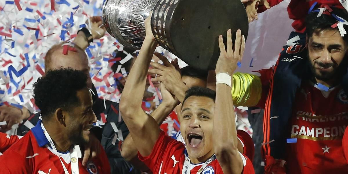"""Para volver a emocionarse: Canal 13 revivirá el histórico triunfo de la """"Roja"""" en la Copa América 2015"""