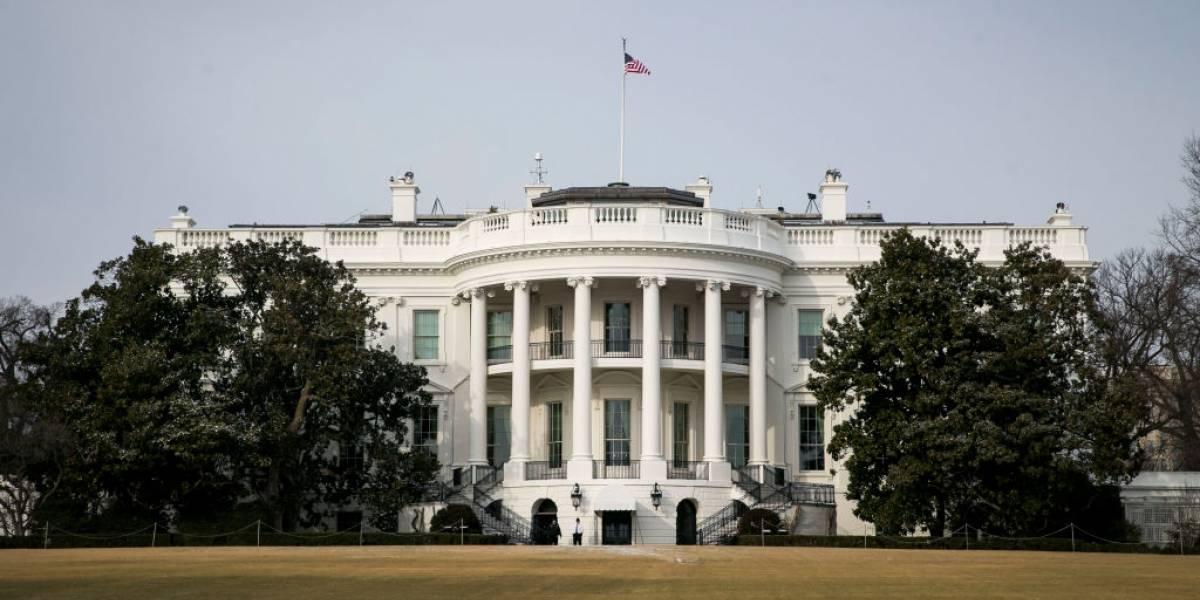 Muere ex mayordomo de la Casa Blanca bajo 11 presidentes por Covid-19