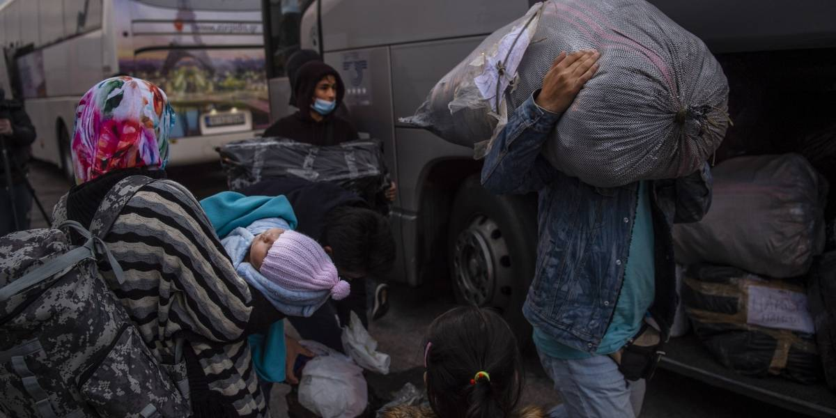 Grecia.- Muere una joven afgana durante una reyerta en el campo de refugiados griego de Moria