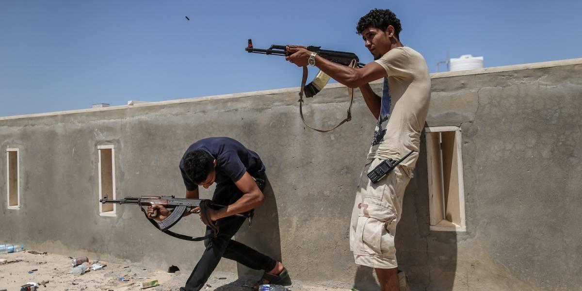Libia.- Las fuerzas del Gobierno libio toman dos campamentos militares rebeldes cerca de Trípoli