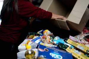 Es que es para no creerlo: nueva estafa con las cajas de alimentos del gobierno