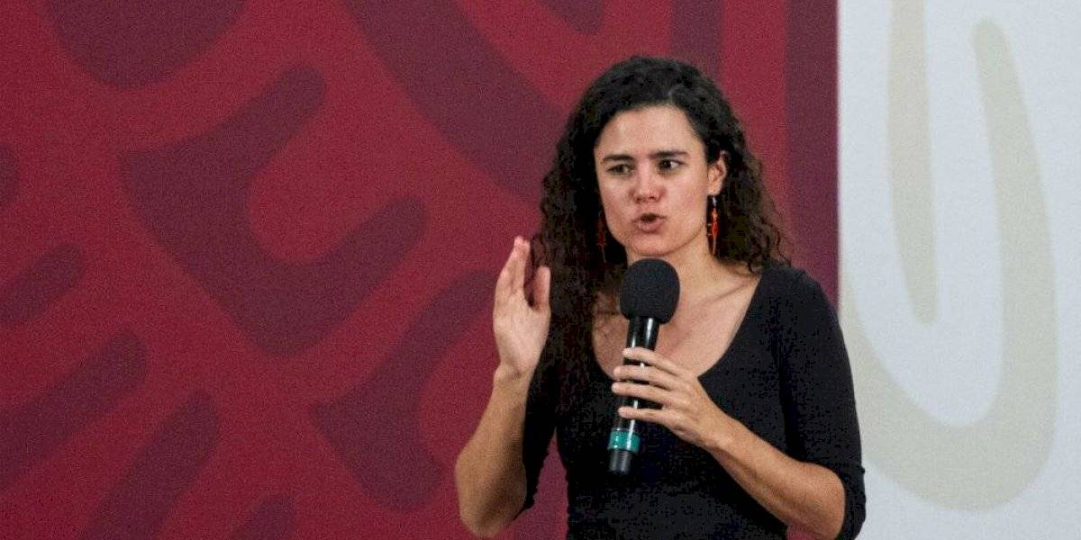 """""""No debí quitarme el cubrebocas"""", reconoce Luisa María Alcalde"""