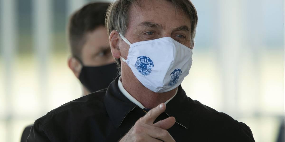 Demandarán a Bolsonaro por poner en riesgo a periodistas al anunciarles que tiene COVID-19