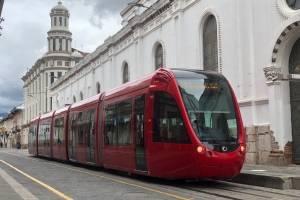Tranvía de Cuenca circula por el centro de la ciudad