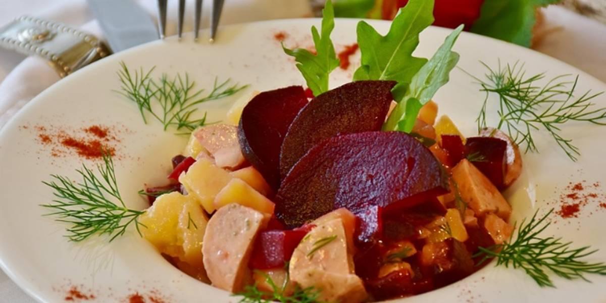 Te decimos cómo hacer ensalada de betabel para disfrutar de sus beneficios a la salud